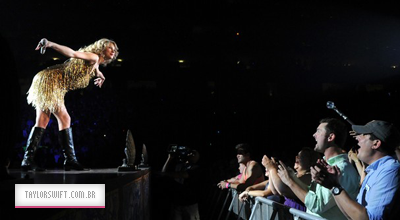 https://taylorswift.com.br/wp-content/uploads/2011/07/Knoxville-400.png