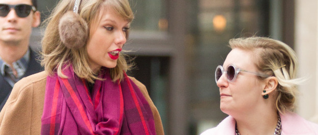 Taylor Swift and Lena Dunham Strolling in Tribeca